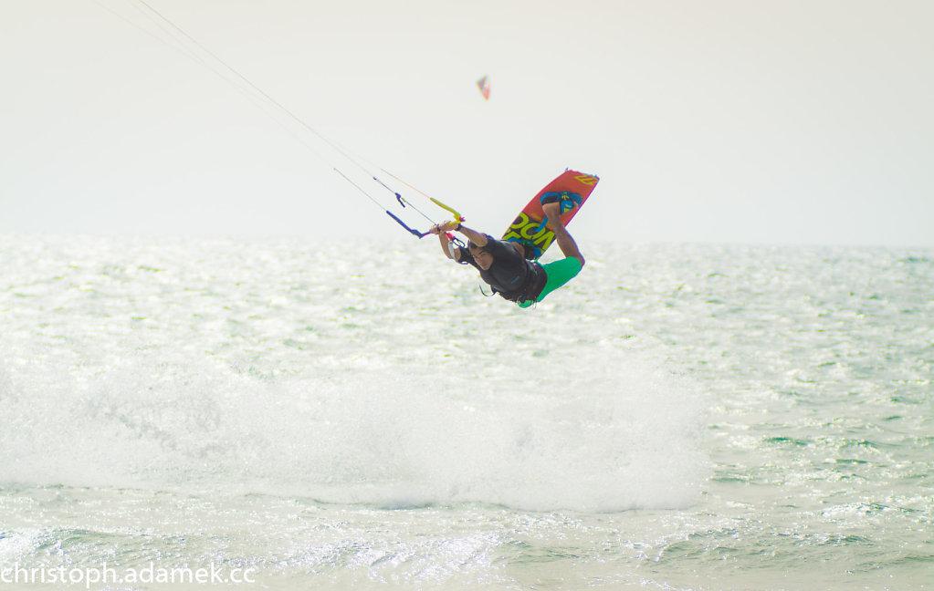 048-Kitesurfing.jpg
